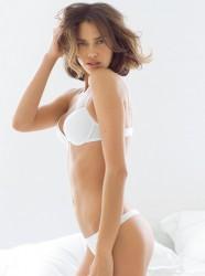 http://thumbnails7.imagebam.com/19195/852b57191942641.jpg